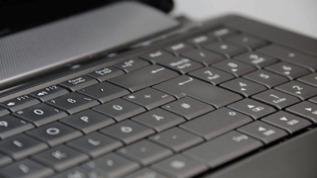 Reparații laptop Giurgiului